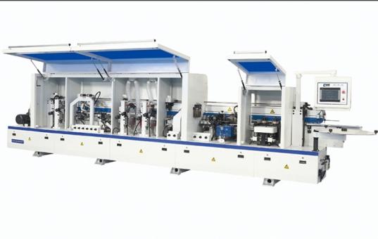 申斯达工厂设备再升级--新引进业内最先进PUR封边