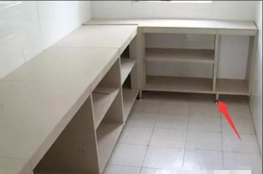 橱柜安装师傅多做了一道小工序要加价200块 业主却称赞他真专业!