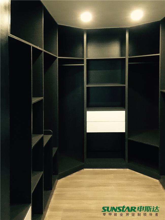 黑白双色打造时尚品味家 申斯达张家界新外滩全房定制案例赏析